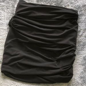 ELIZABETH & JAMES BLACK ROUCHED BODY CON SKIRT M